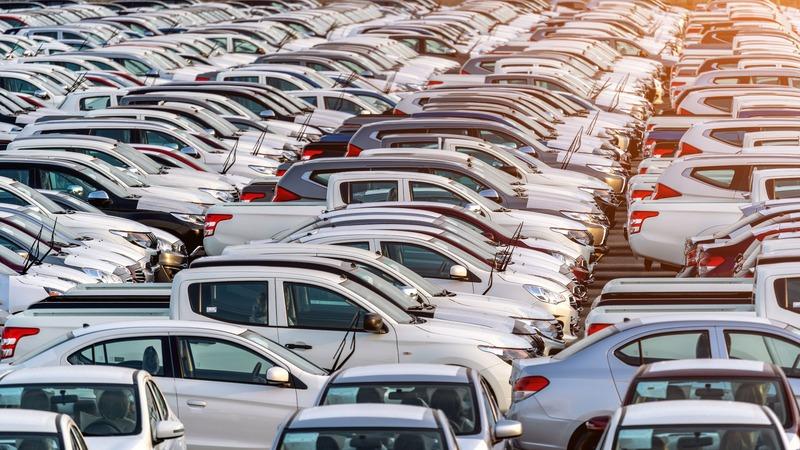 97 відсотків респондентів вважає, що у центральній частині Хмельницького є проблема з паркуванням автомобілів