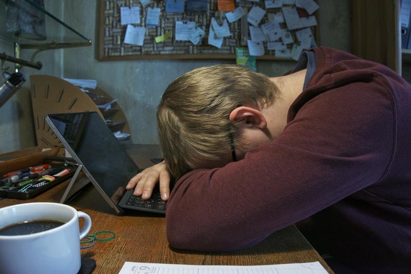 Психологи кажуть, причиною негативнох поведінки можуть бути соціальні мережі