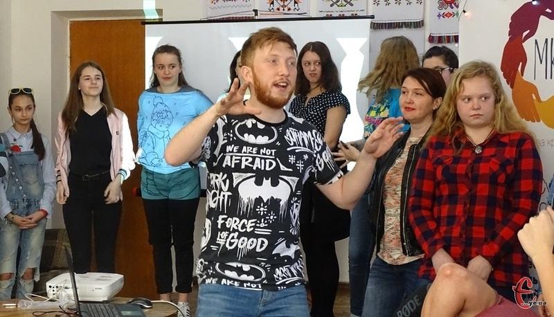 Волонтер – це стиль життя, де ти повноцінна частинка соціуму, - каже Владислав