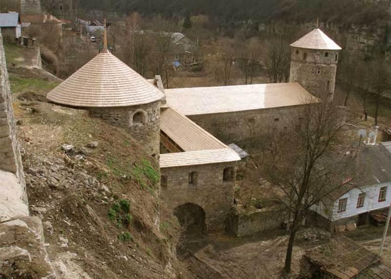 За тиждень-два розпочнуться протиаварійні та реставраційно-ремонтні роботи на мурах Руської брами