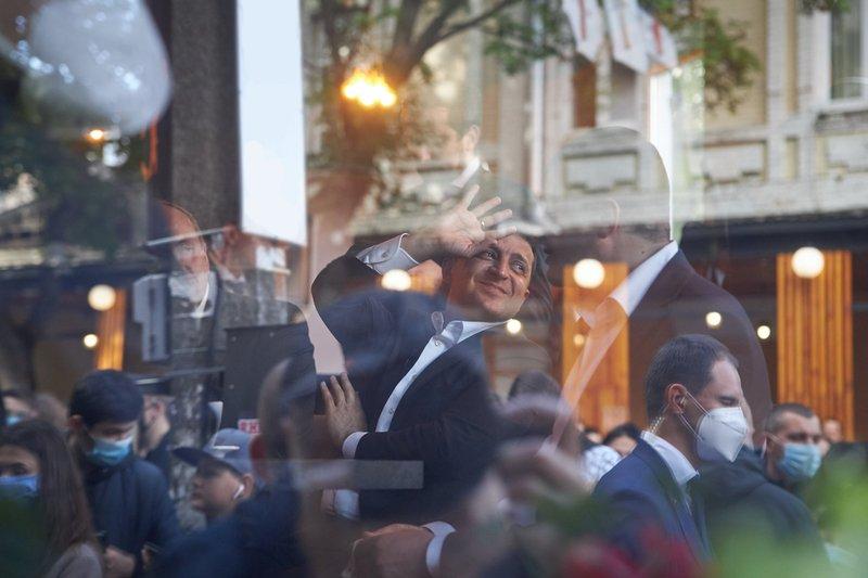 Хмельницький міськрайонний суд цього тижня розгляне адміністративний протокол, складений на президента України Володимира Зеленського
