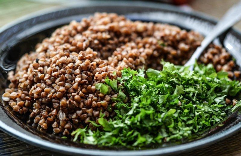 Хороший варіант сніданку – гречана каша», - каже дієтолог Вікторія Пухальська