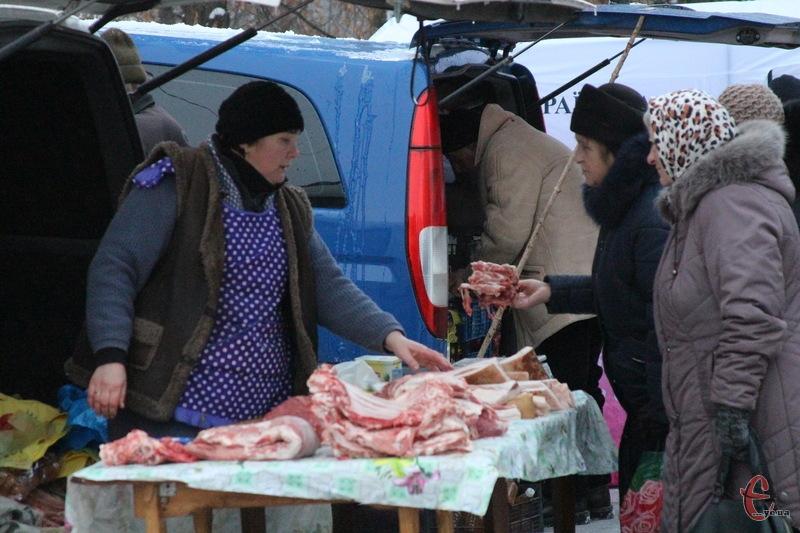 М'ясо на Прибузькій продають від 90 гривень за кілограм