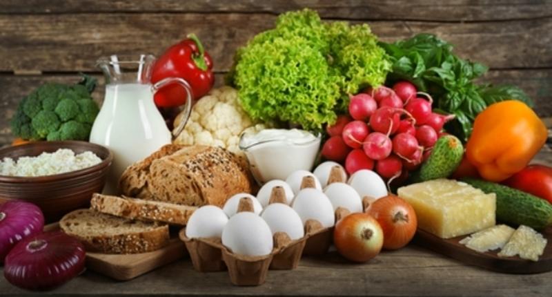 Загалом, ціни на продукти харчування та безалкогольні напої зросли на 1%