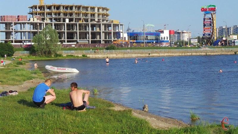 Рятувальники не радять купатися в ніч на Івана Купала
