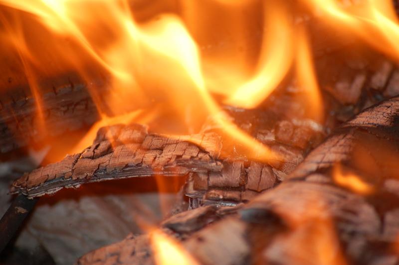 В одній пожежі загинула людина