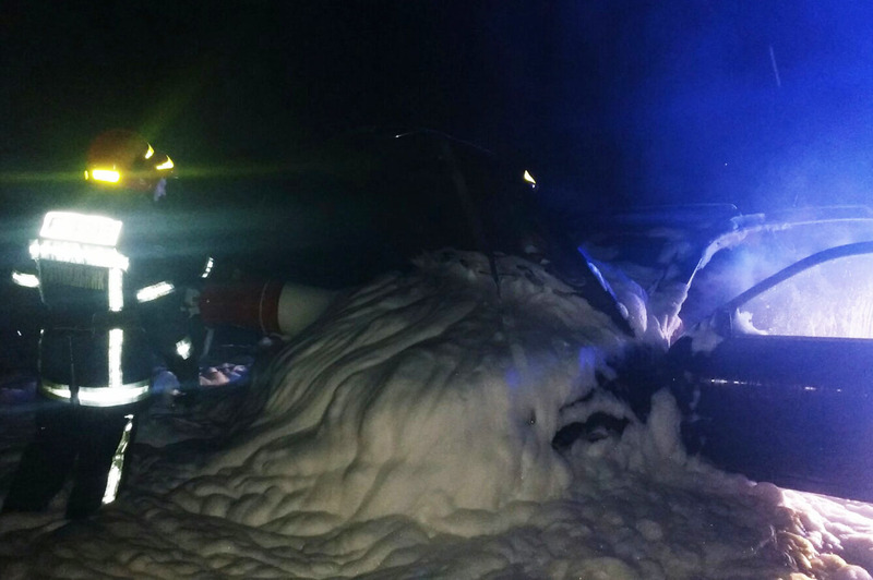 Автомобіль загорівся через несправність електричної системи - ДСНС у Хмельницькій області.