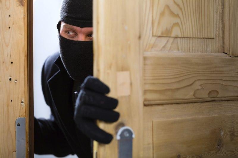 За добу на Хмельниччині облполіцією було зафіксовано п'ять крадіжок майна.