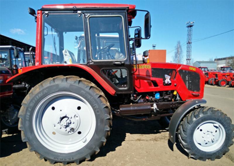 500 тисяч гривень за неякісний трактор «Беларусь» повернув фермер із Хмельниччини