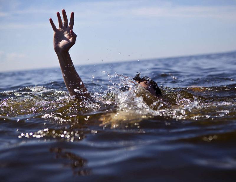 Лише за один день на Хмельниччині зі ставків витягнули тіла двох чоловіків