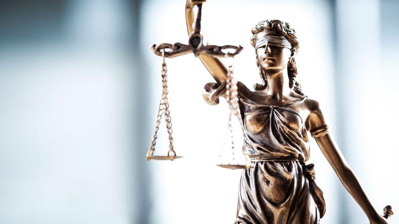 У Шепетівці суд розгляне дві справи, які стосуються побиття літніх людей