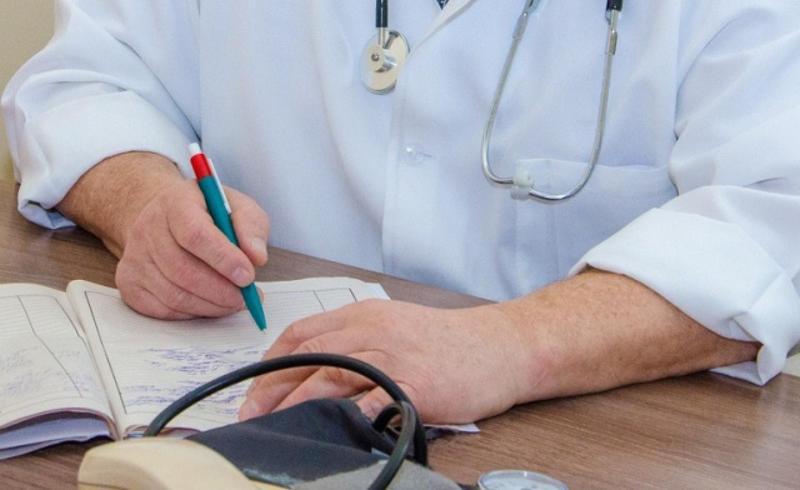 В області налічується 103,25 штатні посади лікарів-кардіологів