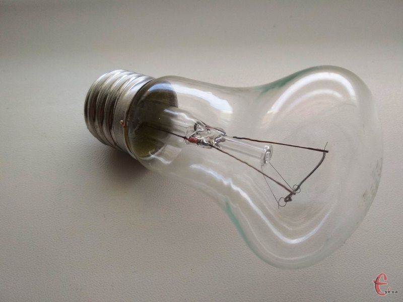 Світла в помешканнях хмельничан не буде впродовж чотирьох годин
