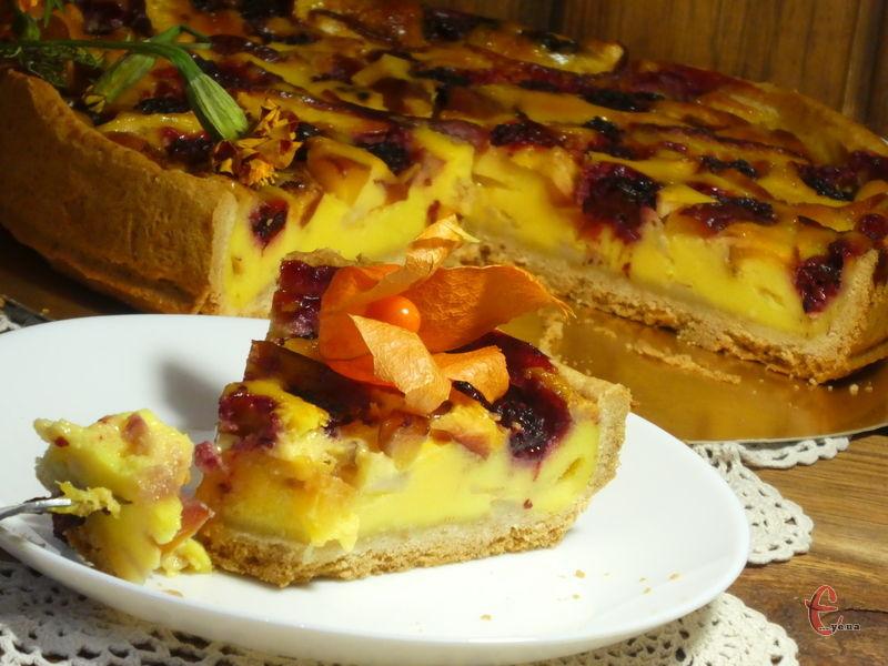 Пісочний корж, ніжний крем і соковиті фрукти-ягоди!
