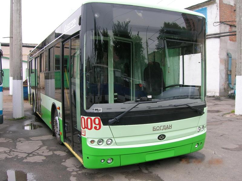 4 жовтня з 10 до 18 години вулицею Зарічанською не курсуватимуть тролейбуси