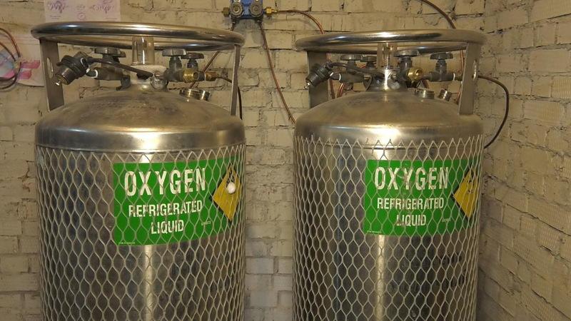 Протягом 10-11 квітня в лікарні Хмельниччини було доставлено на безоплатній основі 20 тонн рідкого кисню