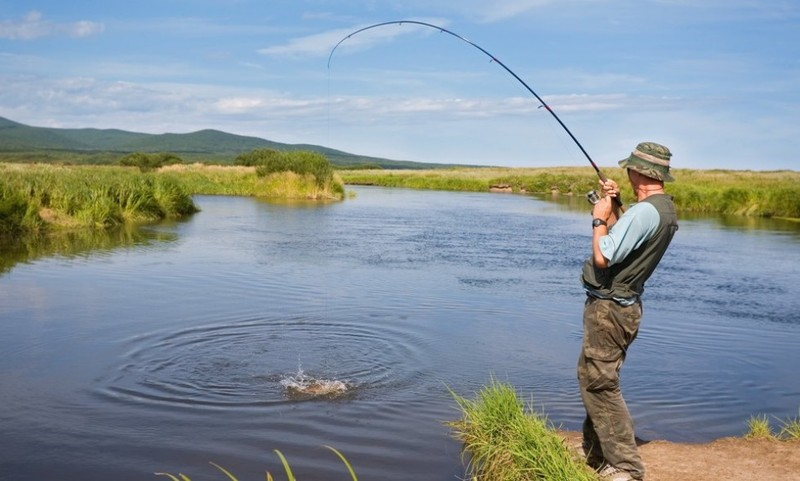 На Хмельниччині зафіксовано 13 грубих порушень правил рибальства