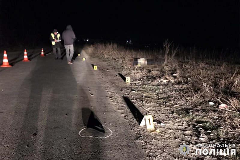 У Хмельницькому поліцейські оперативно розшукали водія таксі, який на смерть збив пішохода і зник з місця події