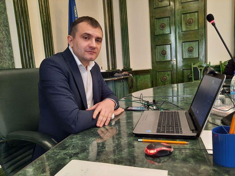 Олександр Симчишин додав, що поки не отримував від президента реакції на звернення міських голів щодо закону про мову