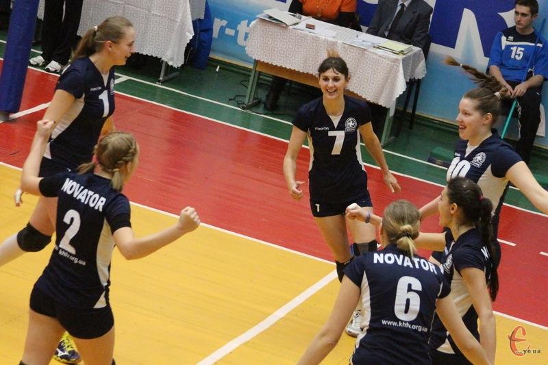 У двох домашніх матчах волейболістки Новатора здобули 6 очок