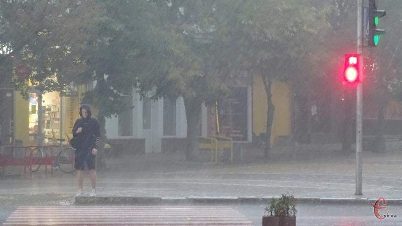 У другій половині доби у вівторок можливі несприятливі погодні умови
