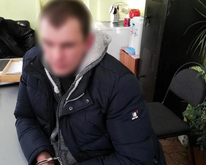 У квітні 2018 року Білогірський районний суд призначив зловмиснику покарання у вигляді 7 років позбавлення волі