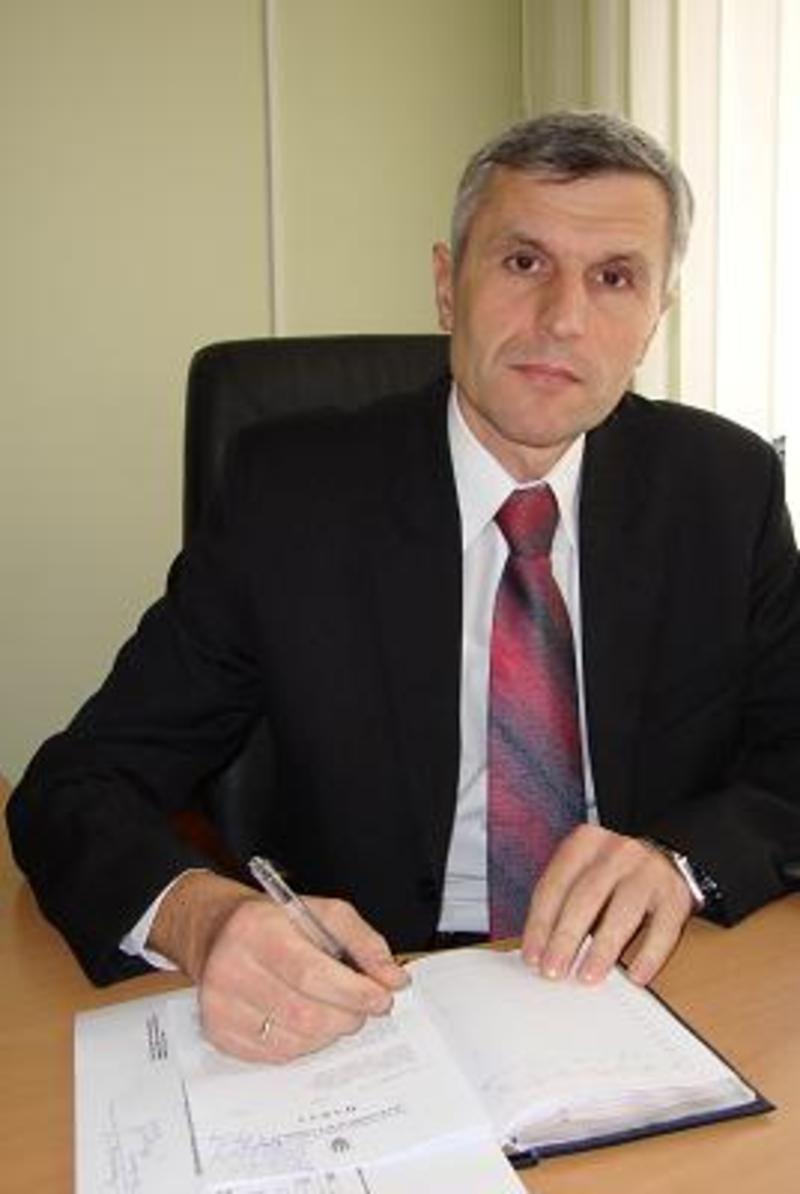 Сергій Залуський: Зарплати за більшістю вакансій, які подавали роботодавці,  — від 3200 до 8 000 гривень. Однак є вакансії і з зарплатою у 10-12 тисяч гривень.