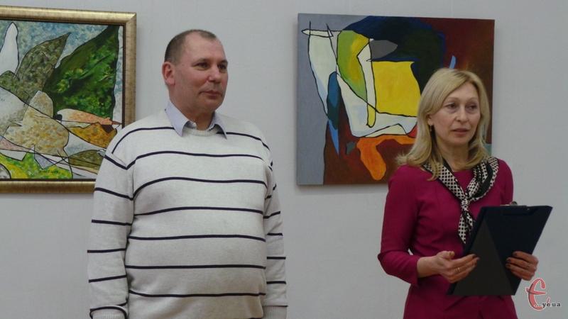 Одеський художник презентував свою колекцію абстрактних полотен