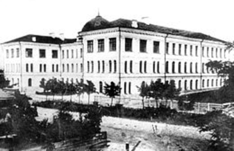 Головний корпус  Кам'янець-Подільського університету в 1918-1920 роках