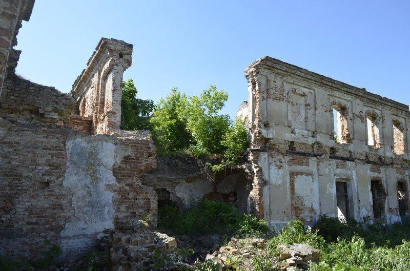 Минулого року в Ізяславі обвалилася частина унікальної споруди – палацу Сангушків