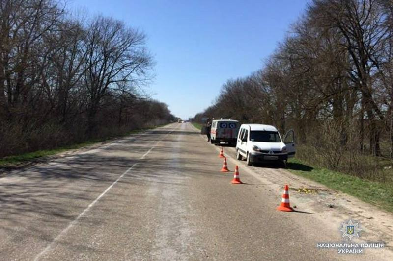 Аварія сталася на трасі «Житомир — Чернівці» поблизу села Гаврилівці Кам'янець-Подільського району.