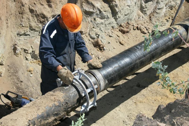 Рух обмежать через ремонтні роботи на каналізаційному трубопроводі