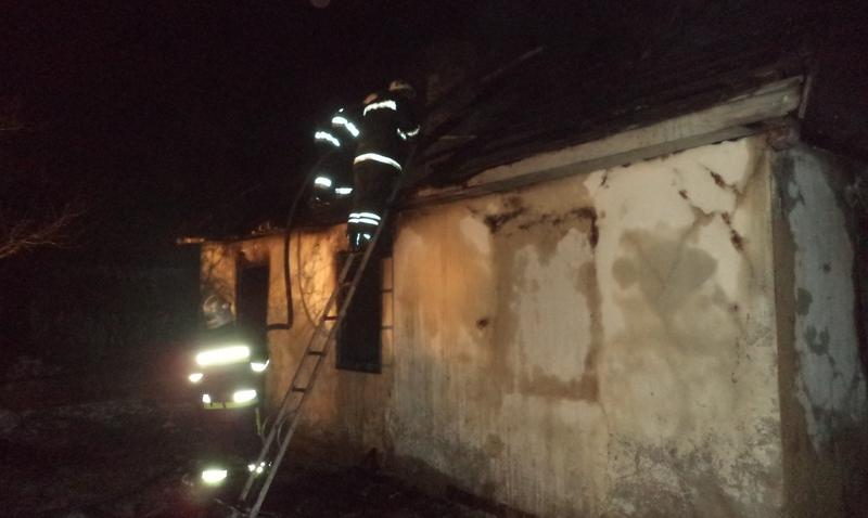 Під час гасіння пожежі рятувальники виявили тіло господаря будинку