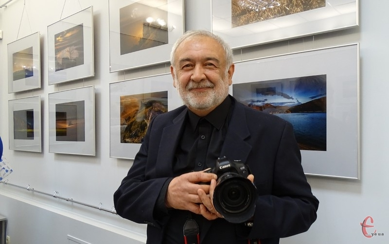 Олександр Соленцов - учасник багатьох національних і більш ніж 50 міжнародних виставок