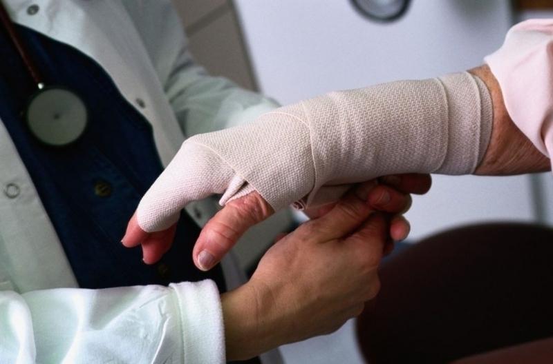Понад 30 відсотків зимових травм – переломи