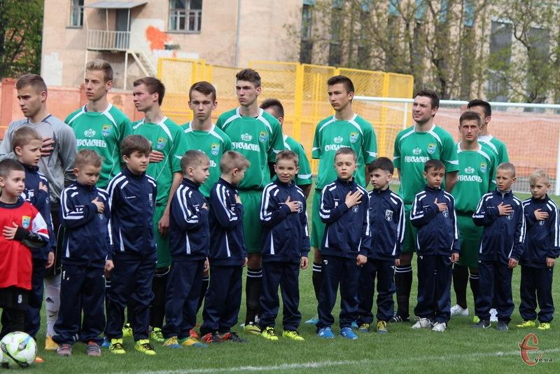 Для багатьох гравців Поділля матч в чемпіонаті України серед аматорів став першим у кар'єрі на такому рівні