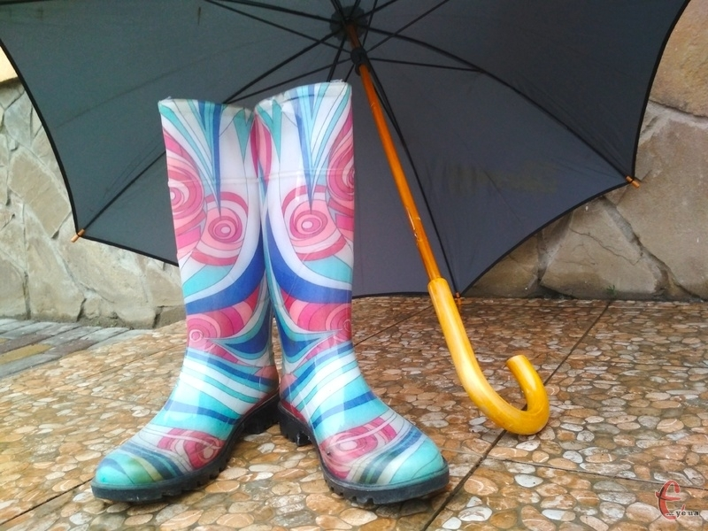 Сьогодні актуальними будуть парасолька та гумаки