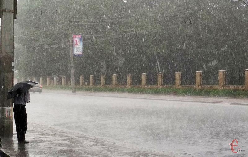 Синоптики сьогодні прогнозують дощі