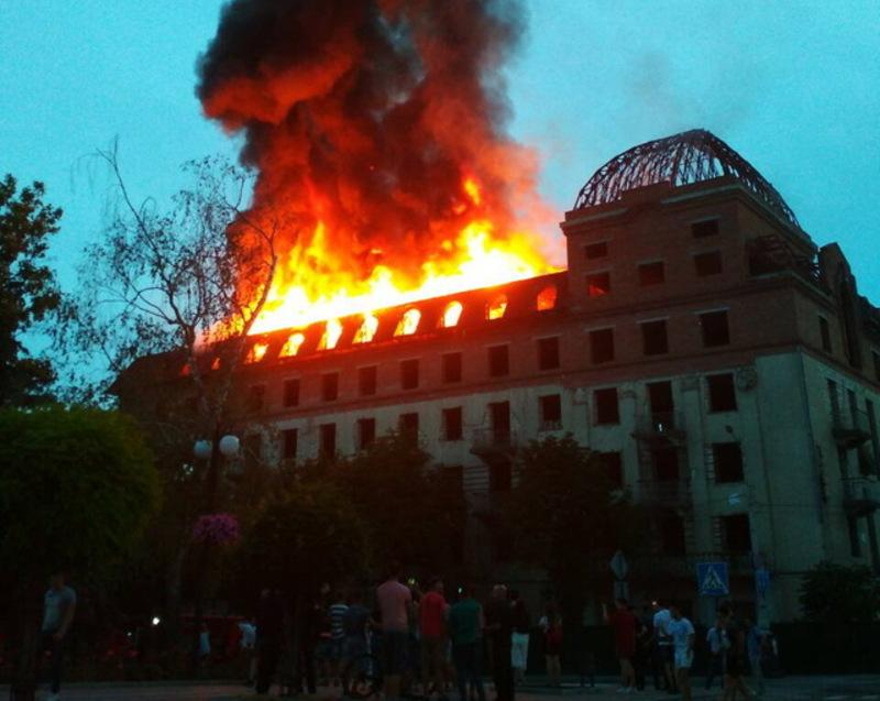 Пожежа в колишньому готелі «Україна», яка сталася 2 червня в Кам'янці-Подільському,  виявила чимало проблемних питань