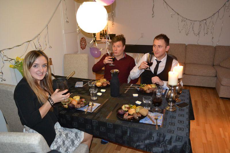 Новий рік, в порівнянні з Різдвом, не викликає в шведів та данців великого захоплення