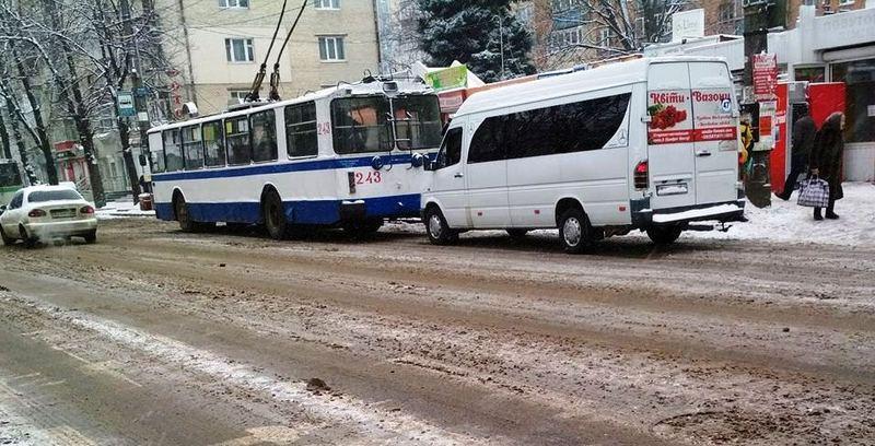 Рух тролейбусів до зупинки «Катіон» відбуватиметься через вулицю Тернопільську
