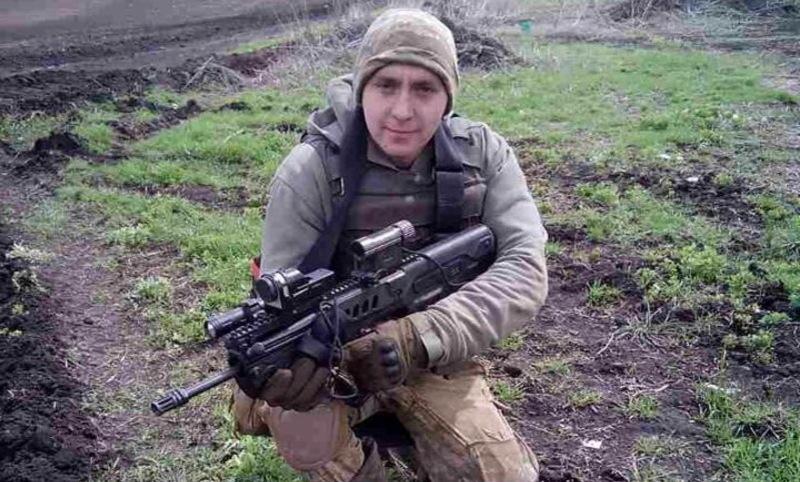 Похований боєць на Алеї Слави кладовища в мікрорайоні Ракове