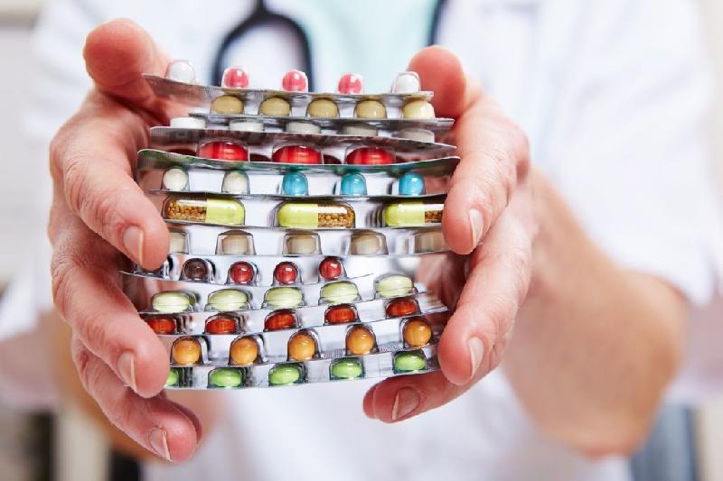 Згідно з даними ВООЗ за 2017 рік, майже кожен десятий продукт медичного призначення в країнах з низьким та середнім рівнем прибутку є некондиційним чи фальсифікованим
