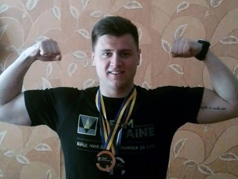 На національному етапі змагань Ярослав Болюх виборов бронзу у штовханні ядра і срібло у веслуванні на тренажері