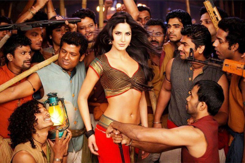 Яскраві кольори, запальні танці, проникливі пісні – завдяки їм індійське кіно раз і назавжди западає в душу кіноманам