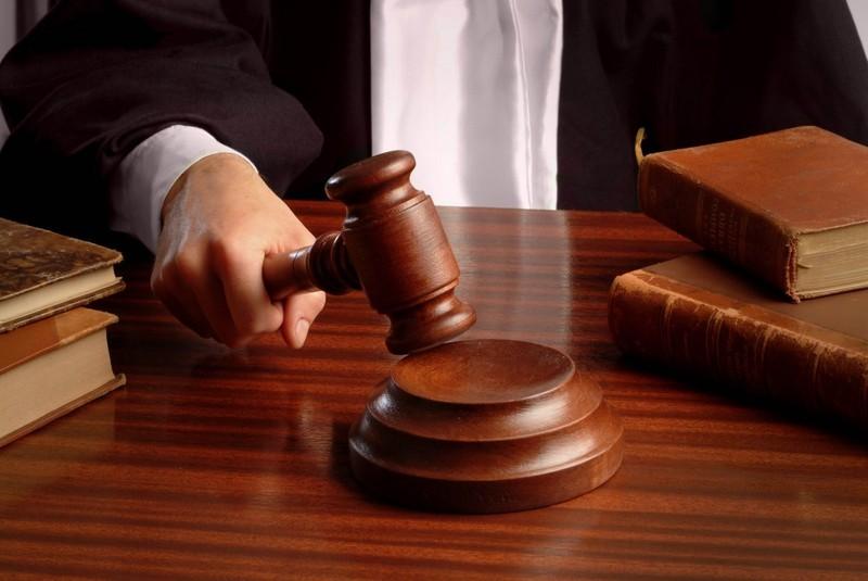 Інспектор патрульної служби має сплатити 17 тисяч гривень і три роки позбавлений права обіймати посади в органах.
