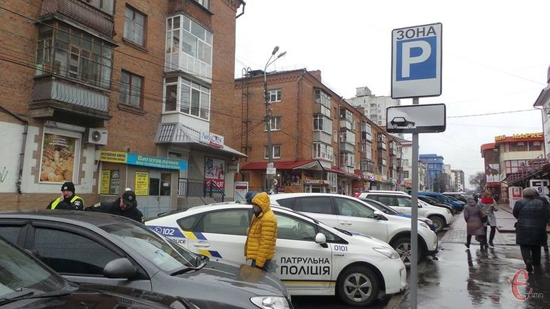 У Хмельницькому за дотриманням правил паркування слідкуватиме не лише поліція, а й спеціальна інспекція