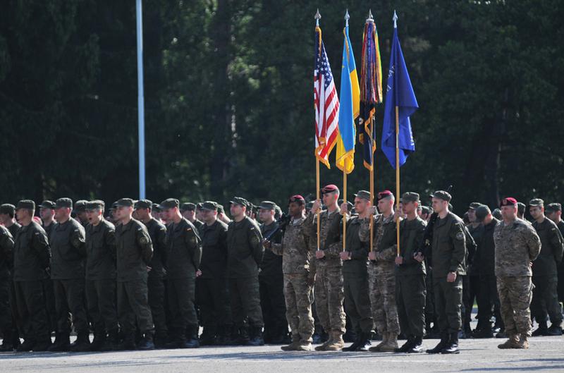 30 канадських військових уже в Україні