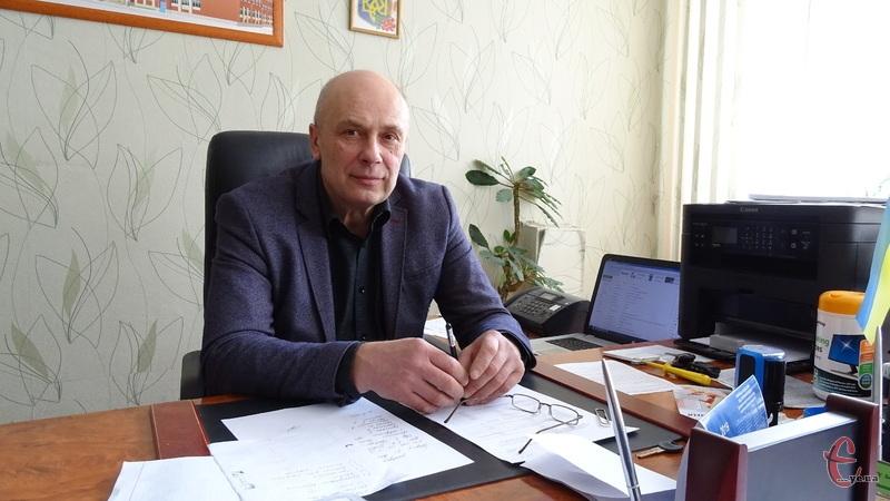 Директор Хмельницького НВК розповів, як заробити гроші для школи