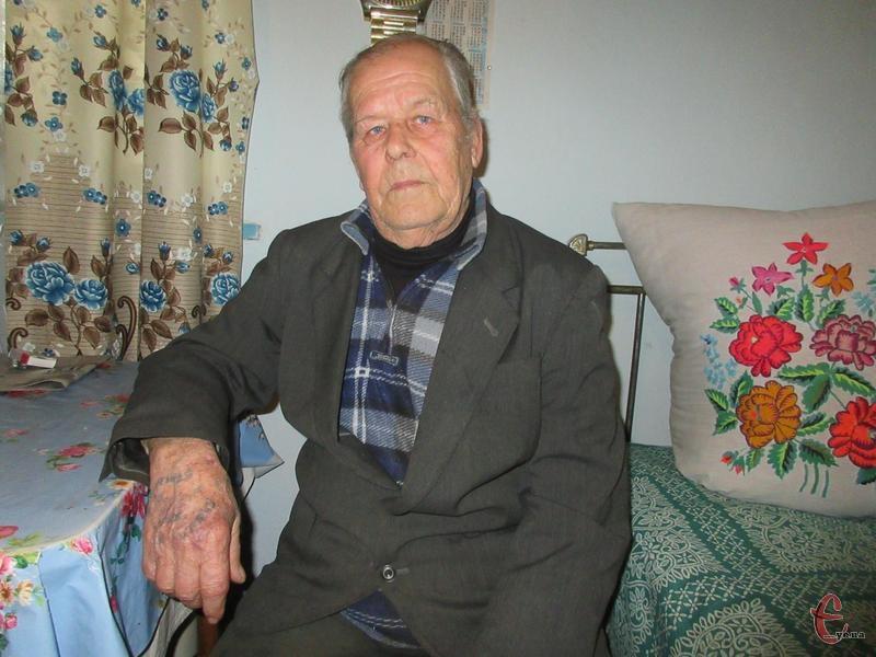 Іван Панасюк разом із мамою чотири роки провів у неволі.